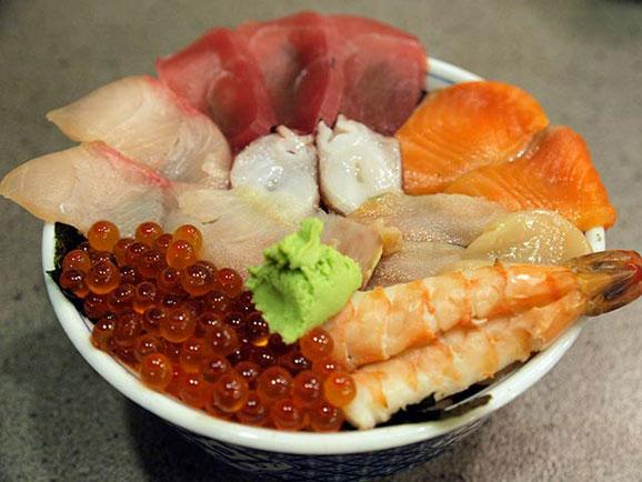 おくしり名物・北海海鮮丼